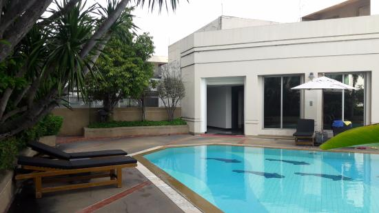 Pool - Picture of Miracle Grand Convention Hotel, Bangkok - Tripadvisor