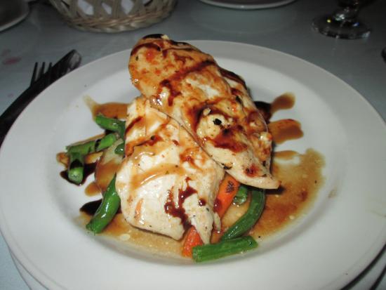 Breezes Resort & Spa Bahamas : Dinner at Eden