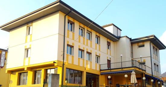 Billiardo - Picture of Lake Garda Hostel, Salo - TripAdvisor
