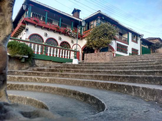 Hotel Porton de Oceta