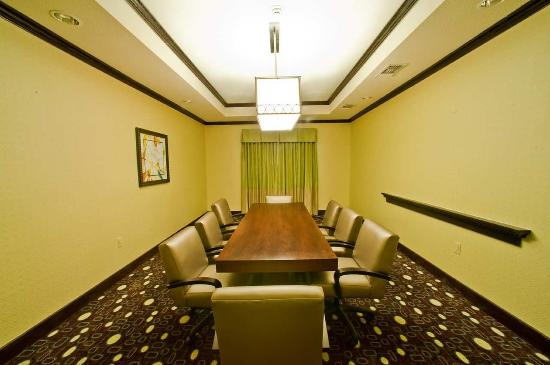 Hampton Inn & Suites by Hilton Denison: Boardroom