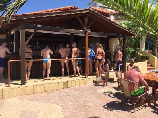 Cactus Beach Hotel And Bungalows Stalis Griechenland