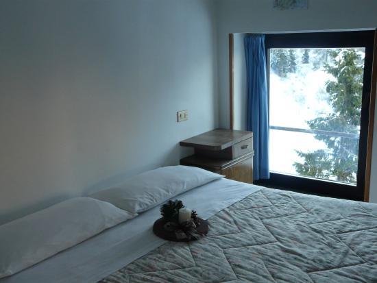 Rifugio Sora Casari : camere