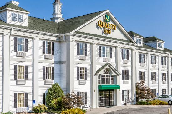 Quality Inn Oak Ridge : Exterior