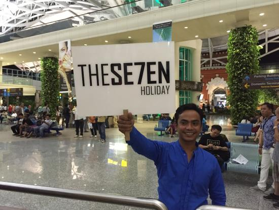 The Seven Holiday - Tur Harian