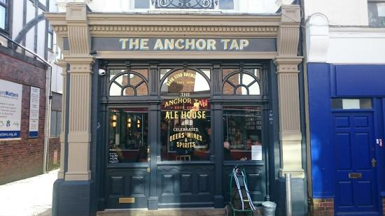 ‪The Anchor Tap‬
