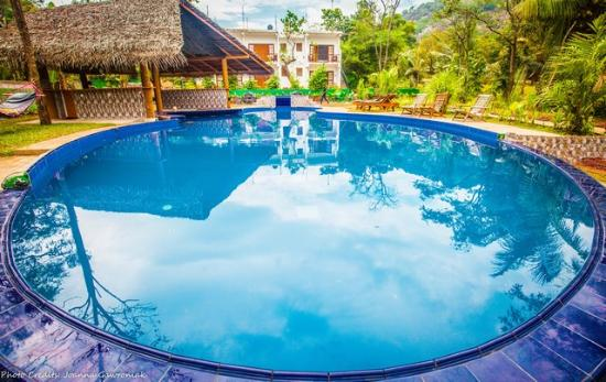 Sundaras Resort & Spa: Pool