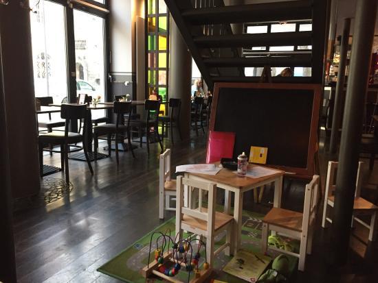 La Osteria: There is Children corner in the restaurant!