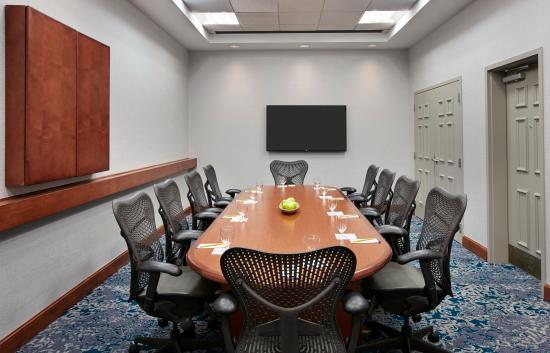 Hilton Garden Inn Schaumburg: Boardroom