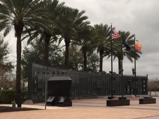 Veterans Memorial Wall: photo0.jpg