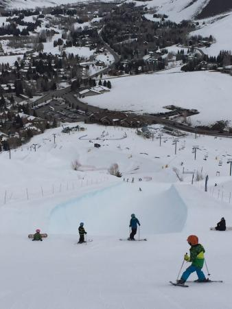 Dollar Mountain: Dropping into the pipe