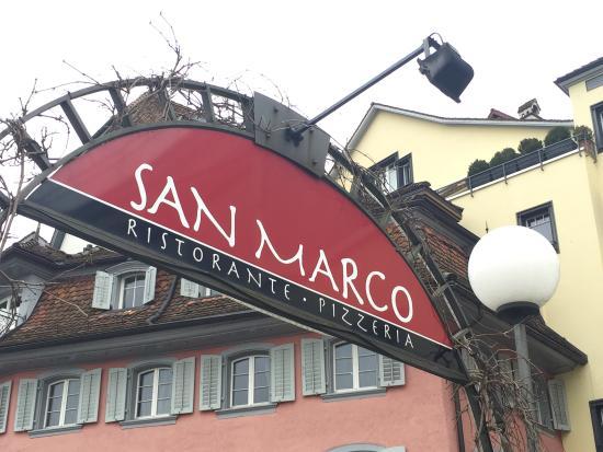 Ristorante e Pizzeria San Marco:  San Marco, Zug - Am Eingang zum Restaurant