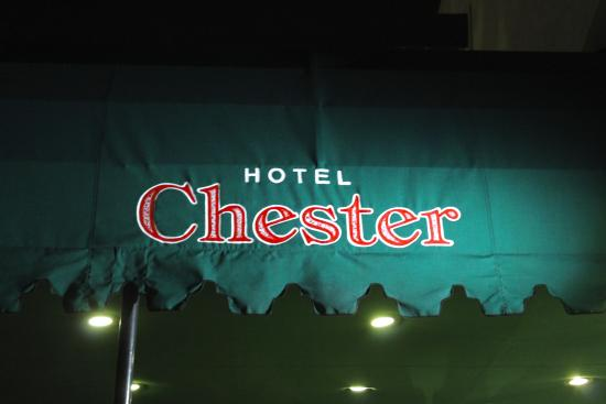 The Hotel Chester at night