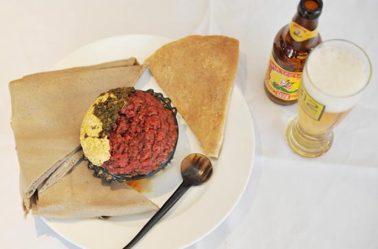 Lesaac ethiopian cafe african restaurant 8200 fenton for Abol ethiopian cuisine silver spring md