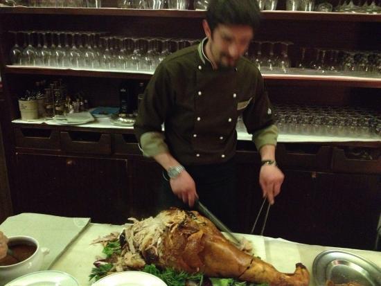 Hotel des Geneys Splendid: Ottima cena a Lume di candela del giovedí sera👍  Menu ricercato e ricco.