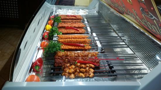 Taverna Bella Napoli: Bucataria turceasca- TAVERNA Turkish şiş Kebab