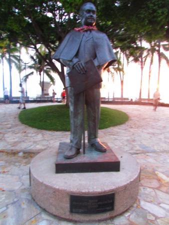 Prince Kuhio Statue