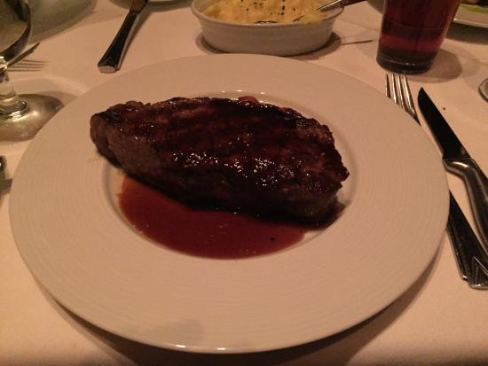 steak picture of the signature room at the 95th chicago tripadvisor rh tripadvisor ie