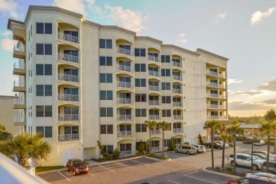 The Cove on Ormond Beach: Exterior