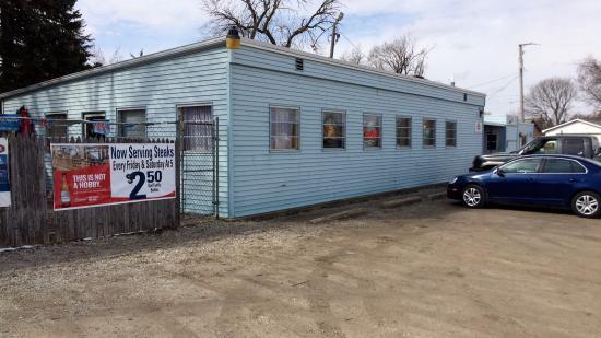 Minonk, IL: Schmoe's