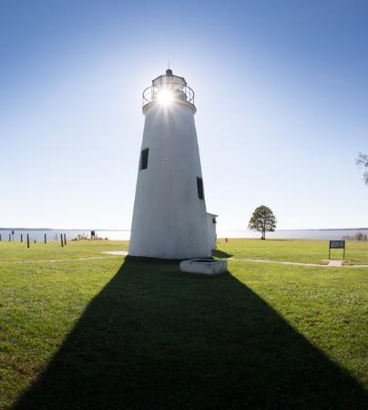Maryland: Turkey_Point_Lighthouse_sunset-CV-600