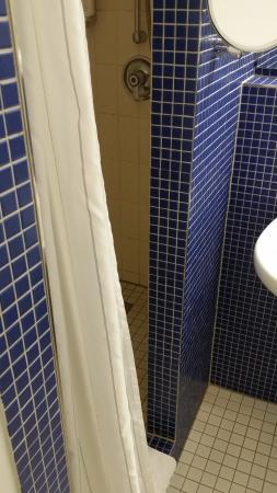 beim duschen l uft kein wasser aus der dusche bild von seminaris hotel bad honnef bad honnef. Black Bedroom Furniture Sets. Home Design Ideas