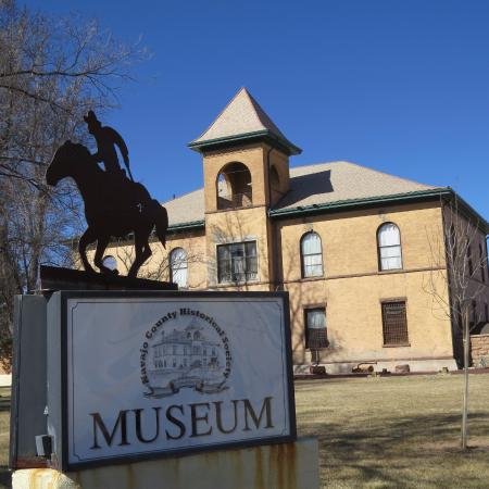 Navajo County Historical Museum: Old Courthouse lives on as museum and visitor center