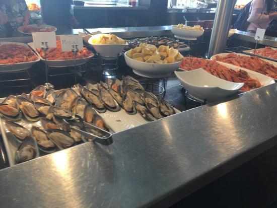 photo0 jpg picture of new quay international buffet bar rh tripadvisor co nz