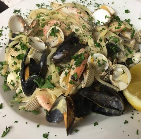 Portscatho, UK: Shellfish Linguine