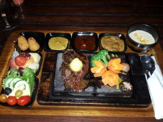 tenderloin steak picture of the valley bandung tripadvisor rh tripadvisor com