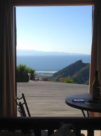 Parautane Lodge: Morning view from the bedroom