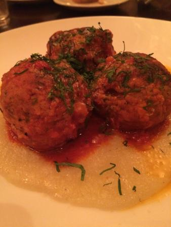 Otto Enoteca Pizzeria: Veal and ricotta meatballs with rosemary over polenta.