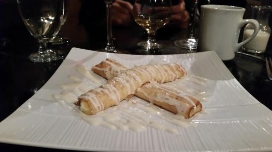 Must Kitchen & Wine Bar: Lemon crepes