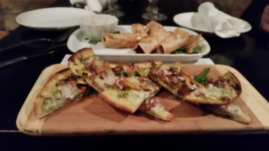 Must Kitchen & Wine Bar: Spring rolls and persimon and prosciutto flatbread