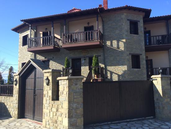 Guesthouse Iridanos