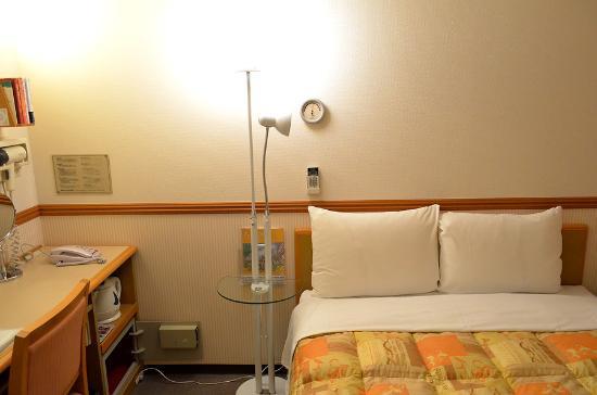 Toyoko Inn Toyama Ekimae 1: comfort room