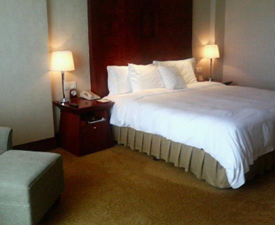 Chamen Hotel: 部屋はゆったりしてました。