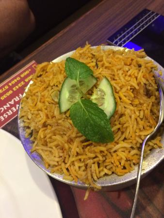 Azaiba, Omã: Chicken Biryani