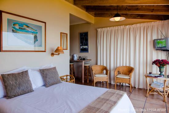 Paradise Found: Self Catering Suite Bedroom
