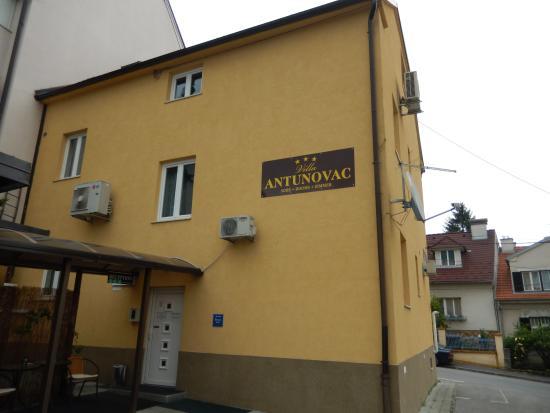 Villa Antunovac: Hotel