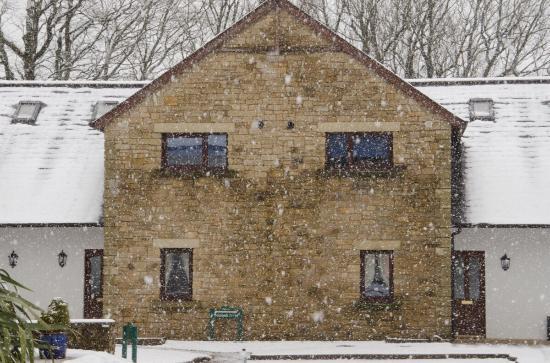 Berrier, UK: Whitbarrow Village - picturesque in snow