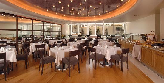 Atrion Hotel: Restaurant