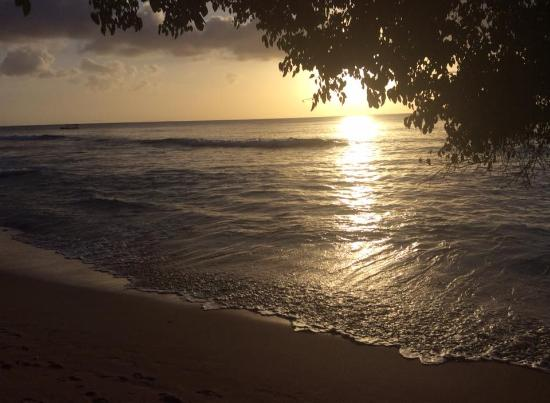 Holetown, Barbados: Sunset looking from Restaurant area