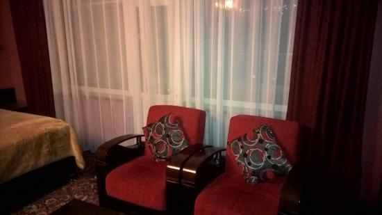 Erebuni Hotel: Номер 802