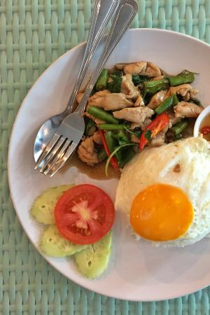 Triple 8 Inn Silom : thai breakfast