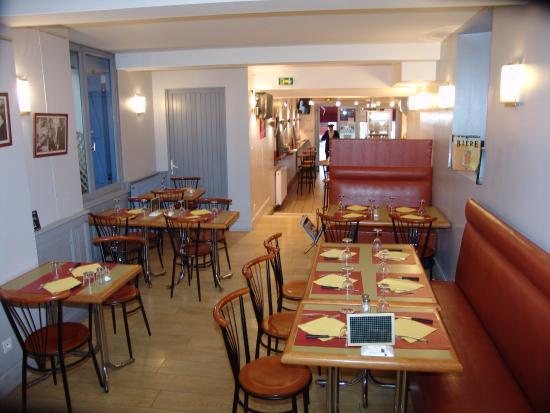 Bar-Restaurant les Pietonnes: La salle