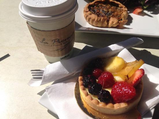 La Provence 41st Street: fruit tart