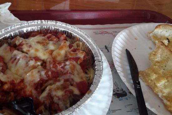 Harwichport Pizza House: Lasagna