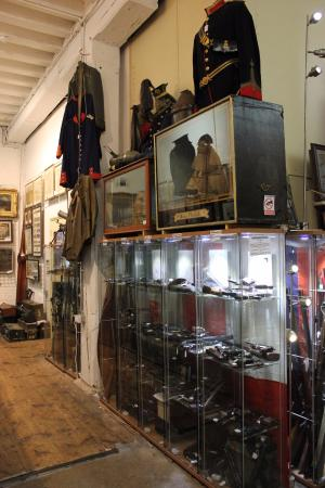 Antiques Storehouse:: Small arms and Uniforms