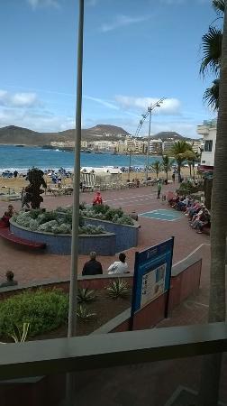 Apartamentos Colon Playa: Utsikt från vårt rum.